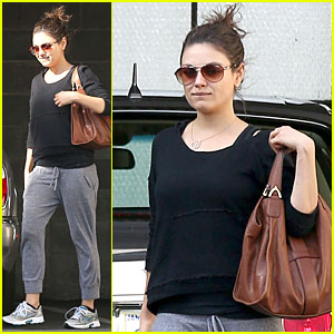 Mila Kunis: New 'Blood Ties' Trailer - Watch Now!