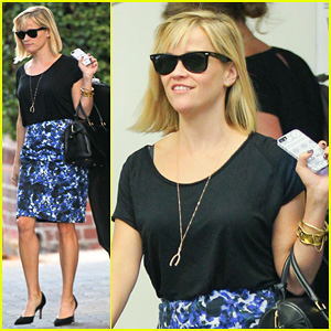 Reese Witherspoon Steps Out After 'The Intern' News