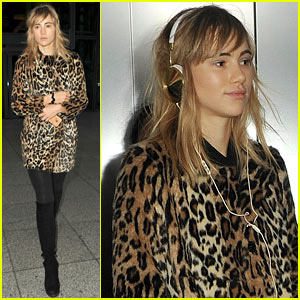 Suki Waterhouse: Back in London After Weekend with Bradley Cooper