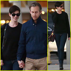 Anne Hathaway & Adam Shulman Shop For a Classic Car!