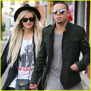 Ashlee Simpson: You Must Watch Orlando Jones' 'Thug Music' Video!