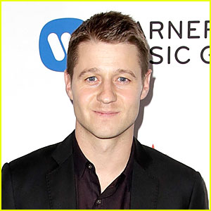 Ben McKenzie Set to Star in Fox's Batman Prequel 'Gotham'!