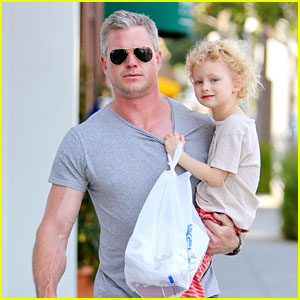 Eric Dane is One Hot Dad While Stepping Out with His Daughter
