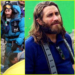 Jake Gyllenhaal Sports Long Hair & Shaggy Beard in First 'Everest' Set Pics!