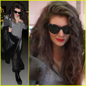 Lorde Goes Makeup-Free, Wears Acne Cream to Bed