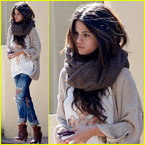 Selena Gomez Spends Sunny Sunday with Her Friend