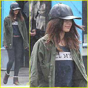 Vanessa Hudgens Battles Rain For Pilates Workout!