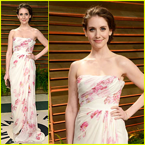 Alison Brie Stuns in Pink at Vanity Fair Oscars Party 2014
