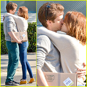 Andrew Garfield & Emma Stone Show Us How to Really Kiss wi