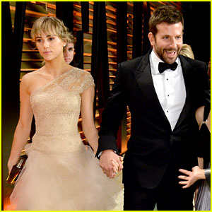 Bradley Cooper's Oscars 2014 Date: Girlfriend Suki Waterhouse!