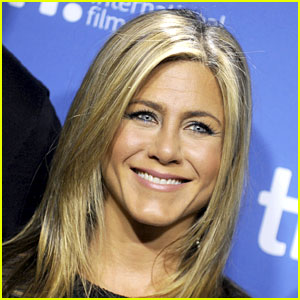 Jennifer Aniston's Not a Fan of Selfies, Would Like Gisele Bundchen's Body