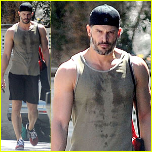 Joe Manganiello Reaps Rewards For Going to the Gym - Huge Guns!