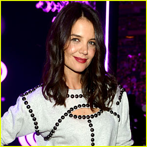 Katie Holmes Returning to T