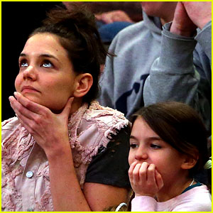 Katie Holmes Makes Rare Appearance with Suri at NCAA Game!