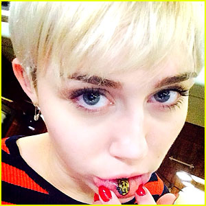 Miley Cyrus Gets New Sad Kitty Tattoo on Inner Lip