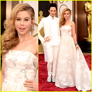 Tara Lipinski & Johnny Weir Skate Their Way to Oscars 2014!