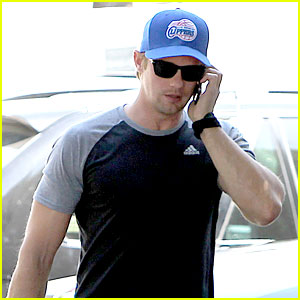 Alexander Skarsgard Is Back at the Gym & We Have Photos!