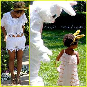 Beyonce & Blue Ivy Meet the Easter Bunny in Adorable New Pics!
