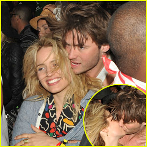 Dianna Agron Makes Out with Thomas Cocquerel at Coachella!