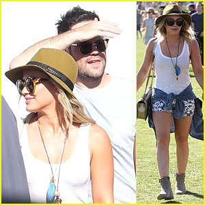 Hilary Duff & Mike Comrie Make It a Friendly Affair at Coachella!