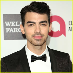 Joe Jonas on Jus