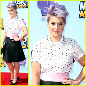 Kelly Osbourne Is Chic in Studs for Radio Disney Music Awards 2014!