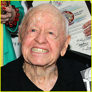 Mickey Rooney Will Be Buried in Hollywood