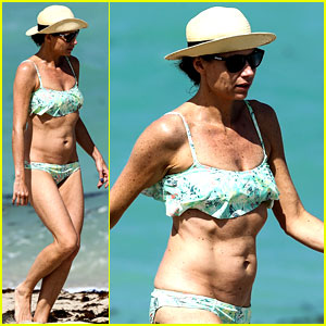 Minnie Driver Bares Bikini Body, Says She Doesn't 'Do the Gym'