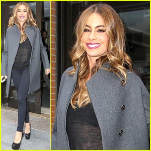Sofia Vergara & Katie Couric Do a Sexy Dance Together - Watch Now!