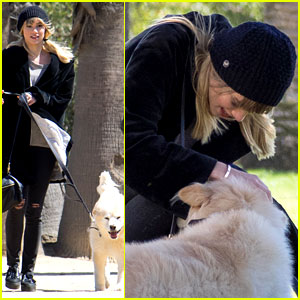 Suki Waterhouse Squashes Bradley Cooper Split Rumors by Walking His Dog!
