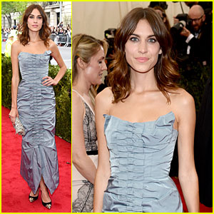 Alexa Chung is Feeling Blue at Met Ball 2014!