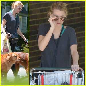 Blake Lively Starts Off Morning with Grocery Trip & Dog Walk!