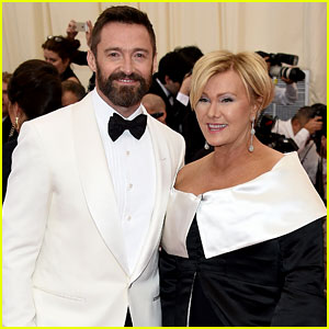 Hugh Jackman & Deborra-Lee Furness Make Sure to Match on Met Ball 2014 Red Carpet