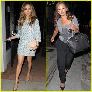 Jennifer Lopez Grabs Dinner with BFF Leah Remini After 'American Idol' Performance Night!