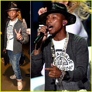 Pharrell Williams Performs Medley of His Hits at iHeartRadio Music Awards 2014! (Video)