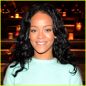Rihanna Leaves Def Jam & Joins Jay Z's Roc Nation