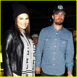 Stephen Amell 'Destroyed Mother's Day,' Wants an 'Awesome' Father's Day 'Or Else!'