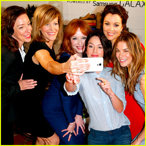 TV's Drama Actresses Take a Silly Selfie at the Variety Studio!