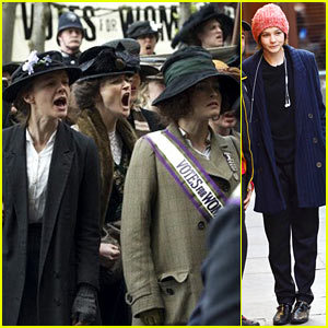 Carey Mulligan & Helena Bonham-Carter Protest for Their Rights in First 'Suffragette' Image!