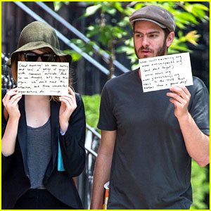 Emma Stone & Andrew Garfield Use Signs to Raise Awareness for Charities Again!