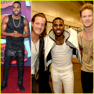 Jason Derulo Performs 'Talk Dirty' at CMT Music Awards 2014!