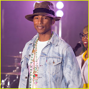 Pharrell Williams Braves Torrential Downpour to Perform 'Happy' on 'Today'!