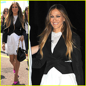 Sarah Jessica Parker Is Trying to Prevent Twitter From Destroying Her!
