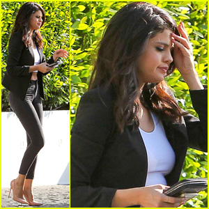 Selena Gomez Joins On-Again Boyfriend Justin