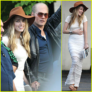 Amber Heard Visits Fiance Johnny Depp on Last Day of 'Black Mass' Fil