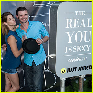 Ashley Greene Gets Real at Just Jared's Summer Fiesta in Aerie Photo Booth