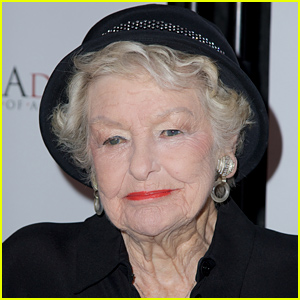 Broadway Great Elaine Stritch Dead at 89