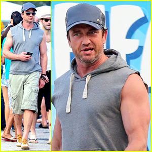 Gerard Butler Strolls Along the Beach in a Sleeveless