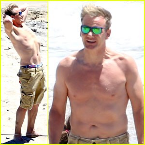 Celeb Chef Gordon Ramsay Flaunts Shirtless Beach Bod at 47!