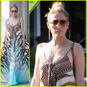 Jennifer Lopez & Maksim Chmerkovskiy are Just Friends, Says BFF Leah Remini